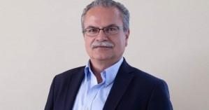 Συγχαίρει την Ελένη Δοξάκη ο Γιάννης Μαλανδράκης