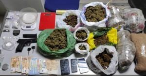 Πάνω από 6 κιλά κάνναβης και κοκαΐνη εντοπίστηκαν σε