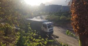 Στρώνουν το δρόμο με υπόβαση στον Αλικιανο - Προσωρινά έφτιαξαν την πρόχειρη διάβαση