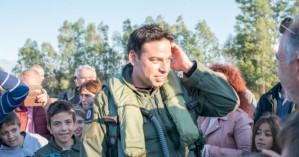 Ο Γιώργος Παπαδάκης στο πιλοτήριο του F-16 που θα πετάξει στο Ηράκλειο!