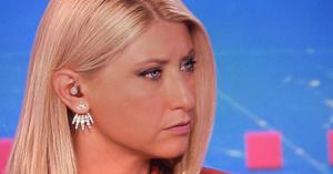 Σία Κοσιώνη:Εμφανίστηκε με αγορέ κοντό μαλλί στο δελτίο ειδήσεων και της πάει πολύ(βίντεο)
