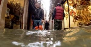 Ποιος φταίει για τις ιστορικές πλημμύρες της Βενετίας