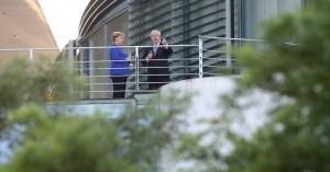 Η Μέρκελ προειδοποιεί: Μετά το Brexit θα έχουμε έναν ανταγωνιστή στην πόρτα μας