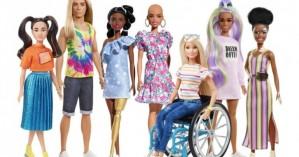 Κούκλες χωρίς μαλλιά, με προσθετικά μέλη και με λεύκη στη νέα κολεξιόν της Barbie