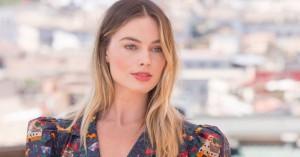 Η απόχρωση στα νύχια της Margot Robbie που θα θέλετε να αντιγράψετε