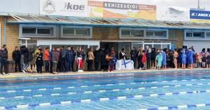 Ο Αγιασμός των υδάτων στο κολυμβητήριο