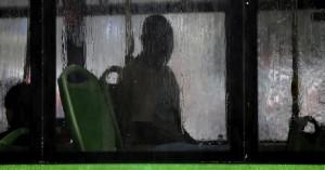 Κορωνοϊός: Ενταση σε λεωφορείο - Επιβάτες παρέμειναν κλεισμένοι 5 ώρες στο όχημα