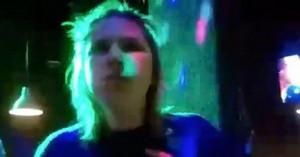 Απίστευτη τραγωδία: 23χρονη μπουκώθηκε με τρία γλυκά σε διαγωνισμό και πνίγηκε (βιντεο)