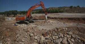 Ξεκίνησαν τα έργα ανάπλασης στην Αμμουδάρα από το Δήμο Μαλεβιζίου