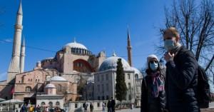 Τσαβούσογλου: Η Αγία Σοφία κατακτήθηκε και αποτελεί ιδιοκτησία της Τουρκίας