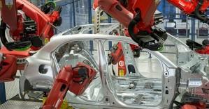 Πάνω από 1 εκατ. θέσεις απασχόλησης στην αυτοκινητοβιομηχανία της Ευρώπης επηρεάζονται