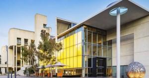 Πολύτιμα έργα τέχνης από όλο τον κόσμο «παγιδεύτηκαν» στην Αυστραλία λόγω κορωνοϊού