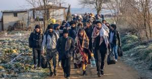 Μεταναστευτικό - κορωνοϊός: Παρατείνονται για πέντε μήνες οι άδειες διαμονής