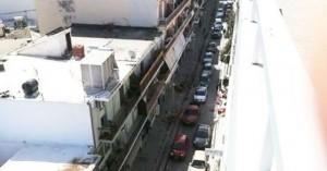 Ποια απαγόρευση κυκλοφορίας; Μποτιλιάρισμα στην οδό Περίδου στα Χανιά (φωτο)