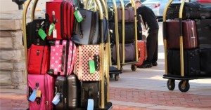 Τουρισμός: Τι θα γίνει με τις προκαταβολές στα καταλύματα - Έρχεται voucher διακοπών