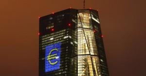 Ανάσα ρευστότητας σε Τράπεζες από την ΕΚΤ: Αποδεκτά σε τιμές αγοράς τα ελληνικά ομόλογα