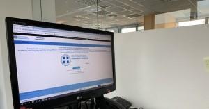 Αυξήθηκαν στις 37.000 οι αιτήσεις εργαζομένων για το επίδομα των 800 ευρω