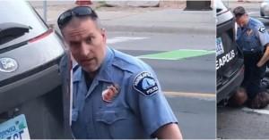 Τζορτζ Φλόιντ: Συνελήφθη ο αστυνομικός που πατούσε τον Αφροαμερικανό στο λαιμό