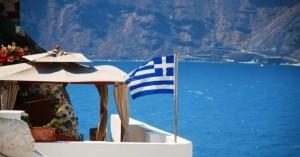 Θεοχάρης για τουρισμό: Γρήγορο τεστ σε ύποπτους για κρούσμα κορονοϊού