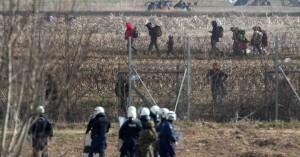 Συναγερμός και πάλι στον Έβρο: Νέα «επιχείρηση» από την Τουρκία με χιλιάδες μετανάστες