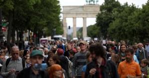 Κορωνοϊός: Μέτρα για… αποστάσεις στη Γερμανία μέχρι τέλος Ιουνίου