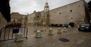 Κορωνοϊός -Βηθλεέμ: Άνοιξε και πάλι η εκκλησία της Γεννήσεως