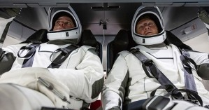 «Πράσινο φως» από τη NASA για την πρώτη επανδρωμένη διαστημική αποστολή από το 2011