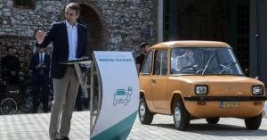Μητσοτάκης: Η Ελλάδα «μπαίνει στην πρίζα»- Κίνητρα για την αγορά ηλεκτροκίνητων ΙΧ