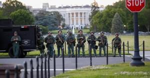 Αντιδράσεις και στις Ένοπλες Δυνάμεις των ΗΠΑ από τις κινήσεις του Τραμπ