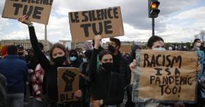 Δολοφονία Τζόρτζ Φλόιντ: Ο πλανήτης «δεν μπορεί να αναπνεύσει»