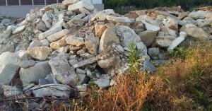 Σε άμεσο καθαρισμό των μπαζών από τη Σούδα δεσμεύεται να προχωρήσει ο δήμος Χανίων
