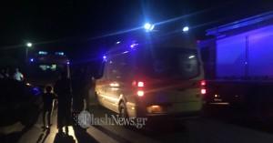 Αυτοκίνητα συγκρούστηκαν μετωπική στο Ηράκλειο - Στο νοσοκομείο τρία άτομα