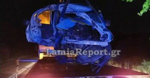 Αυτοκίνητο έγινε σμπαράλια από τροχαίο, αλλά ο οδηγός βγήκε χωρίς γρατζουνιά