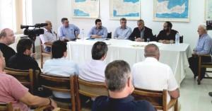 Ο Υπουργός Αγροτικής Ανάπτυξης Μ. Βορίδης υλοποιεί την αναμπέλωση στην Κρήτη