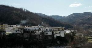 Ο κορωνοϊός κάνει αισθητή την παρουσία του στις φτωχότερες περιοχές