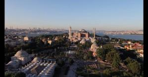 Ο Ερντογάν θέλει να κάνει κήρυγμα μέσα από την Αγία Σοφία – Κατεβάζουν ήδη τις ταμπέλες