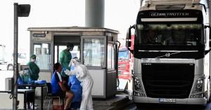 Κορωνοϊός: Ανησυχία μετά τα 36 εισαγόμενα κρούσματα - Προβληματισμός για τα πανηγύρια