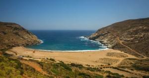 Η όμορφη παραλία της Άνδρου (φωτο)