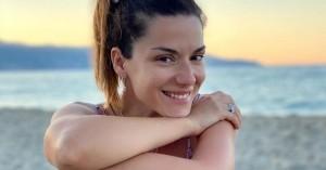 Βάσω Λασκαράκη: Καλοκαιρινές βόλτες και βουτιές στην Κρήτη (φωτο)