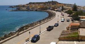 Μεγάλη επιχείρηση του Λιμενικού στην Παλαιόχωρα - Έχει αποκλειστεί όλο το λιμάνι