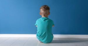 Ηράκλειο: Άφησε μόνα τα παιδιά στο σπίτι και εκείνα κάλεσαν ''το χαμόγελο του παιδιού