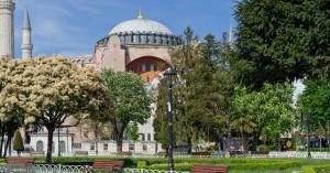 Το μήνυμα της ΕΕ στην Τουρκία για την Αγία Σοφία και το «μέτωπο» στο πλευρό της Ελλάδας