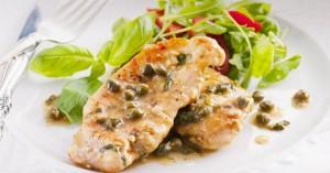 Κοτόπουλο με κρεμώδη σάλτσα και κάπαρη