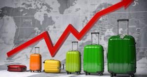Κορωνοϊός: Γιατί οι επιστήμονες βλέπουν αναζωπύρωση στην Ελλάδα εξαιτίας του τουρισμού