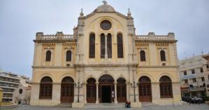 Συνελήφθη αλλοδαπός που χτυπούσε με σφυρί τον Ι.Ν. του Αγίου Μηνά στο Ηράκλειο!