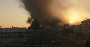Μεγάλη φωτιά σε εργοστάσιο πλαστικών στη Μεταμόρφωση