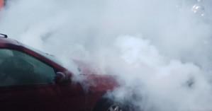 Φωτιά ξέσπασε σε αυτοκίνητο στο κέντρο των Χανίων