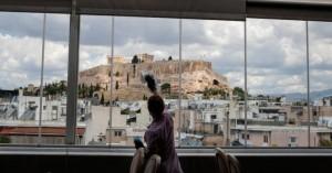 Βρετανίδα περιγράφει την διαφορά ανάμεσα σε Κρήτη και Μάντσεστερ εν μέσω κορωνοϊού