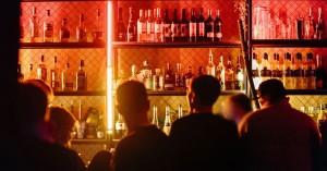 Μέχρι και σε κατάστημα στη Γαύδο έβαλε η ΕΛΑΣ λούκετο - Κυρώσεις και σε μπαρ στα Χανιά
