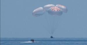 Νέα εποχή - Σκάφος της SpaceX μετέφερε για πρώτη φορά αστροναύτες στη Γη